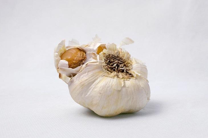 Beneficii si Contraindicatii cura cu usturoi